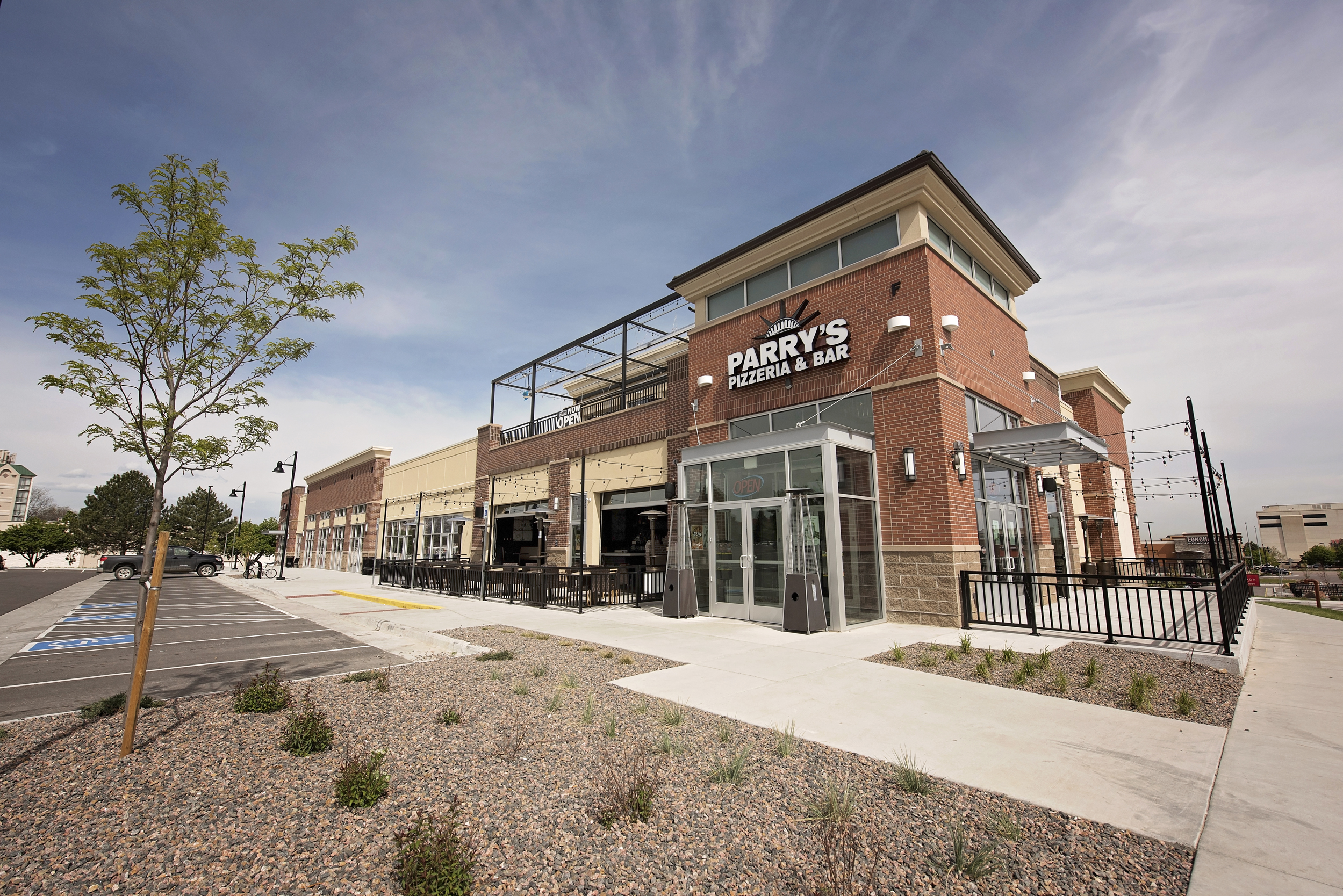 Parry's Pizzeria and Bar | Retail Construction Company